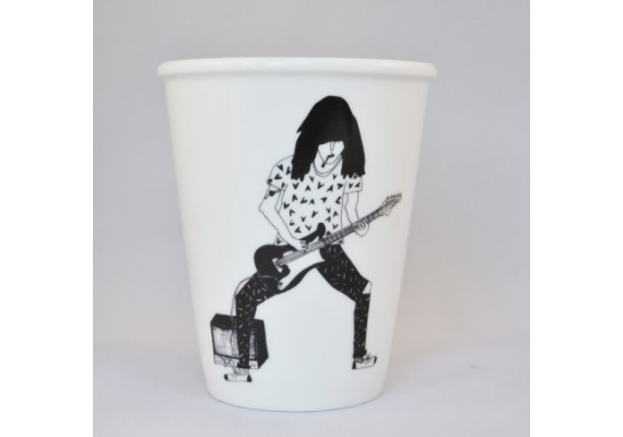 Guitar player cup