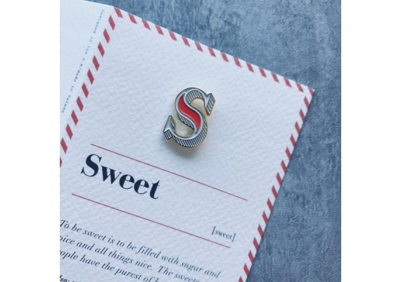 Enamel letterpin with greeting card